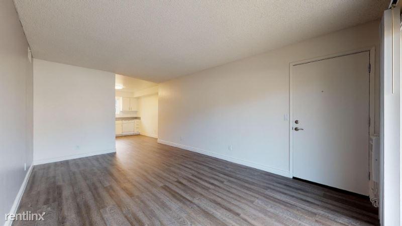 305 W San Marcos Blvd, San Marcos, CA - $1,830