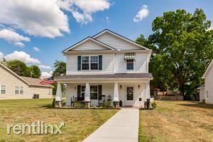 216 Hillcrest St, Clinton, TN - $1,870