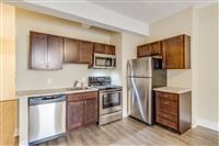 New Cadillac Square Apartments - 10 -