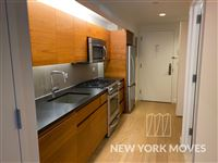 New York Moves Real Estate - 20 -