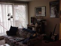 813-819 Living room