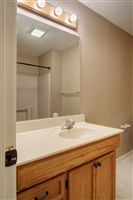 1504-Saddle-Lane-bath-1-1