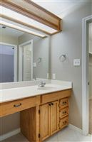1504-Saddle-Lane-bath-2-1