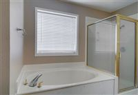 1504-Saddle-Lane-master-bath-3