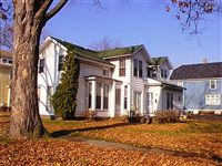 Hickory Management Services LLC. - 15 - Welcome to your historic Vine Neighborhood home.