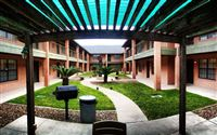 Brentwood Courtyard