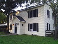 814 Banks Ave - front 2