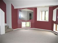 Living Room (3BR)