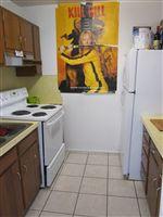 Kitchen (3 BR)