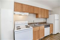 Citihomes Apartment Locators - 9 -