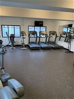 On-site access to Brookes Wellness
