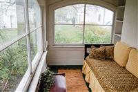 1202 sun porch
