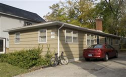Duplex of 319 (near) and 321 (far) John St.   More photos -- scroll down, click on thumbnail at left.