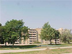 Towers-of-southfield-southfield-mi-building-photo