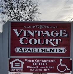 Welcome to Vintage Court
