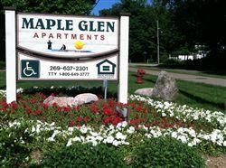 Maple Glen Sign