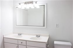 The Claridge Bathroom 2