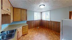 11105-N-18th-St-Kitchen