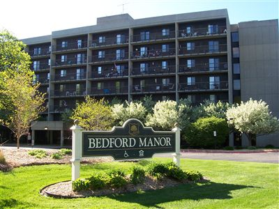 Bedford Manor Building Front