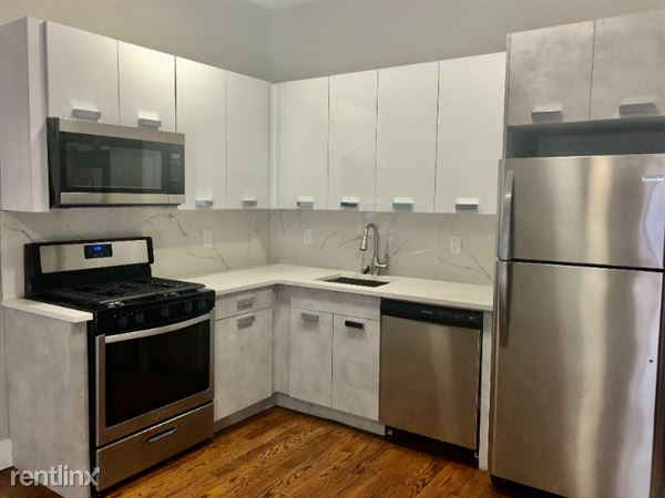 44 Jewett Ave 2M, Jersey City, NJ