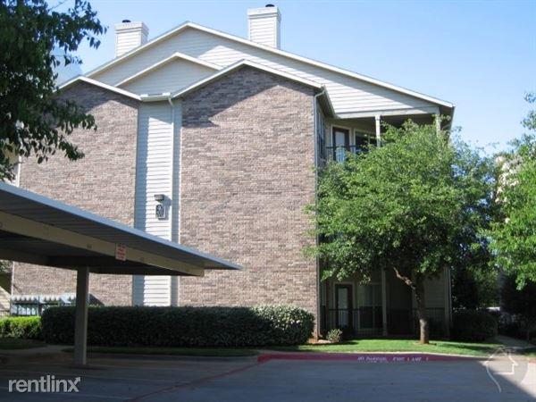 1350 N Main St, Euless, TX