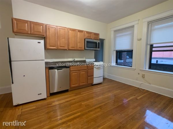 1318 Commonwealth Ave 10Ab, Allston, MA