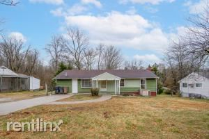 316 Sarvis Drive, Knoxville, TN