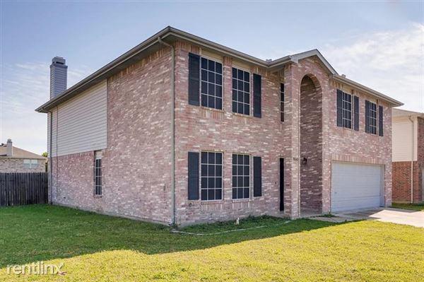3040 Clemente Drive, Grand Prairie, TX