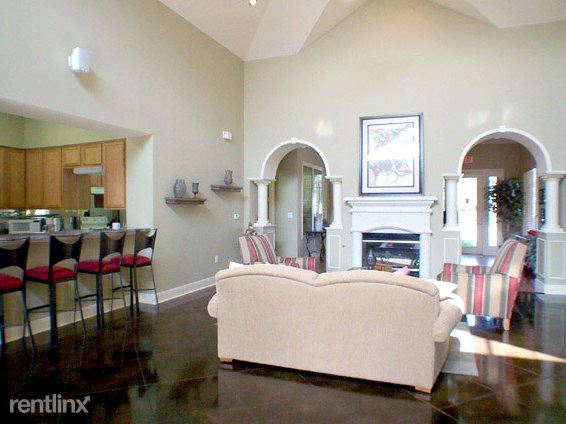 401 N Old Orchard Ln, Lewisville, TX