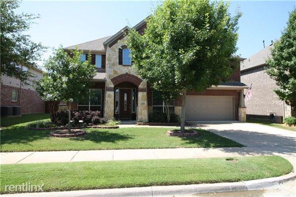2404 Alta Vista Drive, Denton, TX