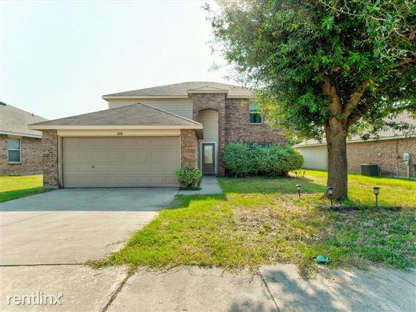6808 Brookglen Lane, Fort Worth, TX