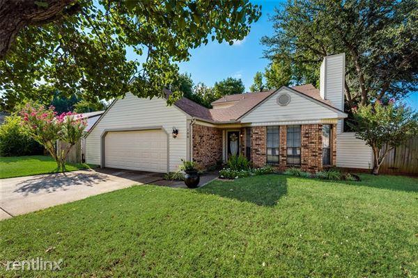 100 Ginger Lane, Euless, TX