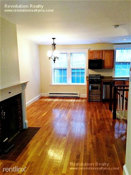 Duplex for Rent in Boston