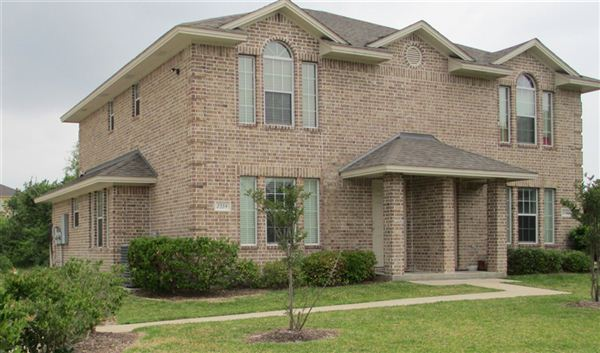 2307 Autumn Chase Loop, College Station, TX