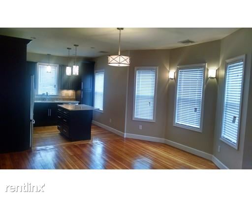 107 Neponset Ave # 2, Dorchester, MA
