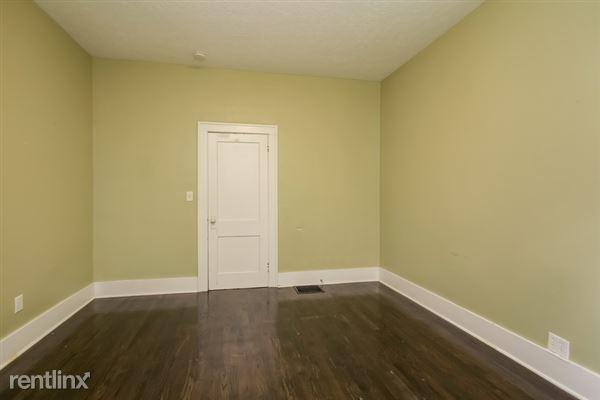014-Bedroom-2966904-small