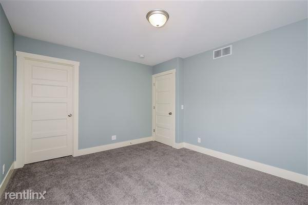 017-Master_Bedroom-2776737-medium