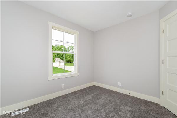 020-Bedroom-2776741-medium