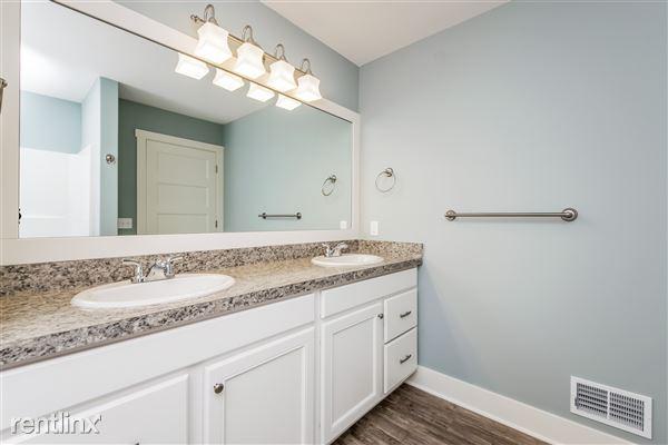 022-Bathroom-2776743-medium