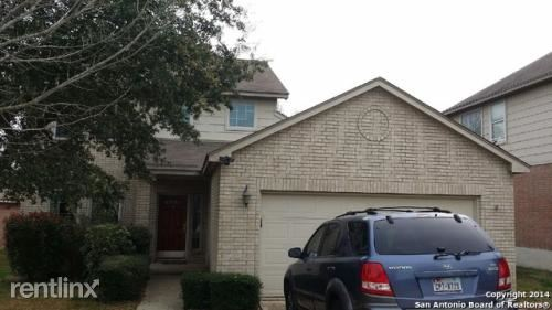 8422 Branch Hollow Dr, Universal City, TX
