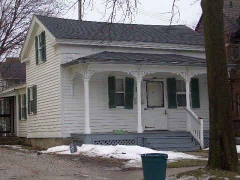 306 N Thayer St