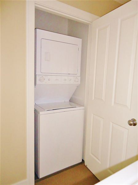 2nd Floor Washer & Dryer