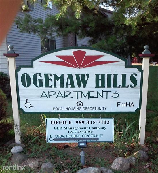 Ogemaw Hills Sign without TDD edited