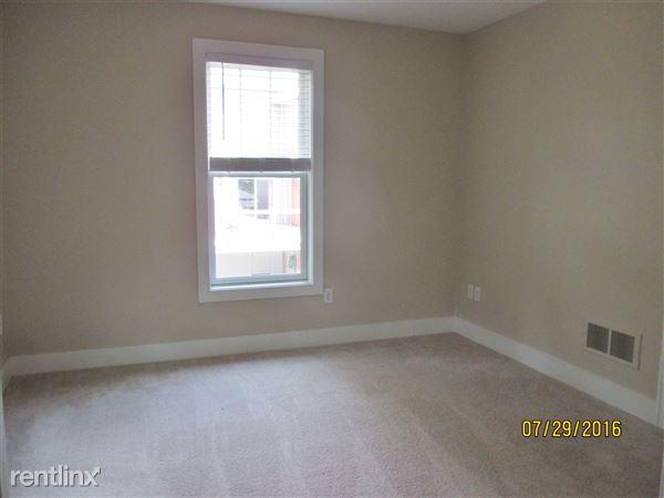 Master Bedroom (Bedroom 4, 2nd floor)