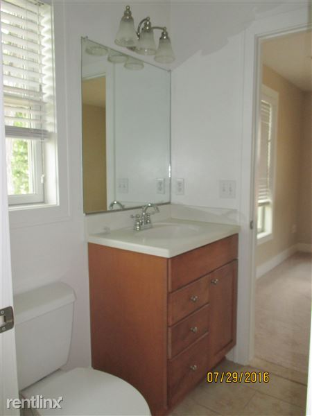 Jack and Jill Bathroom linked to bedroom 1 and living room