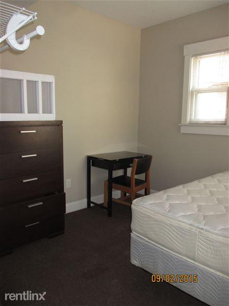 1st Floor - Bedroom 1 (1 of 8)