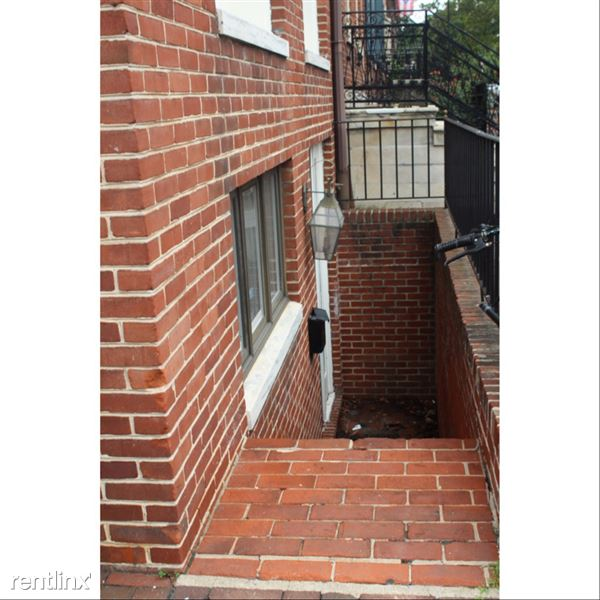 303 Spruce St, Philadelphia, PA 19106, USA, Center City, PA