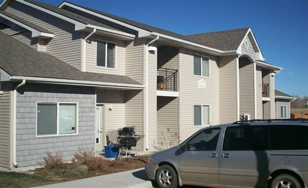 autumn ridge apartments 752 evans st laramie wy show me the rent