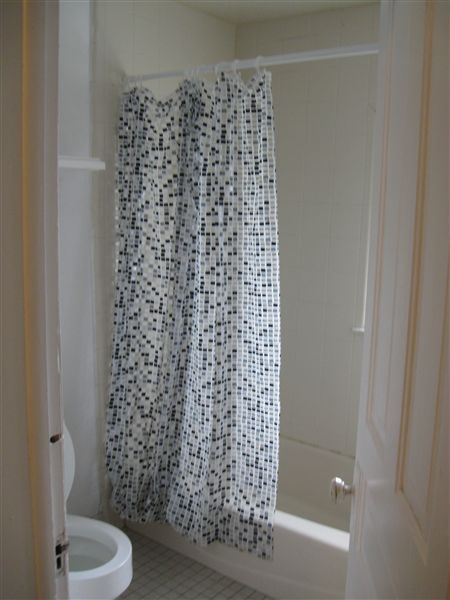 Apt. #3 - Full Bath 1 (view 1 of 2)