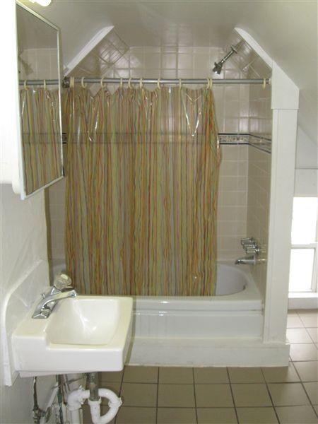 Apt. #4 - Full Bath